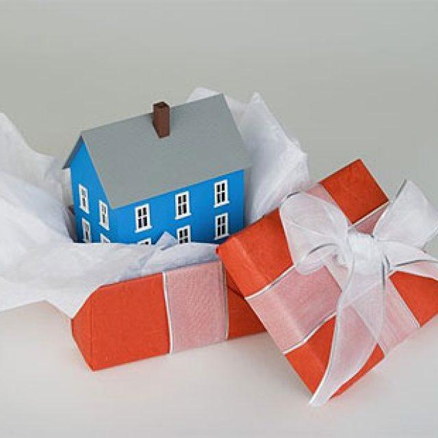 Как подарить свою часть квартиры сыну
