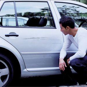 Машина повреждена на парковке: что делать, если поцарапали машину на стоянке, ДТП это или нет