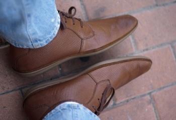 Можно ли вернуть обувь после 3 месяцев если треснула подошва